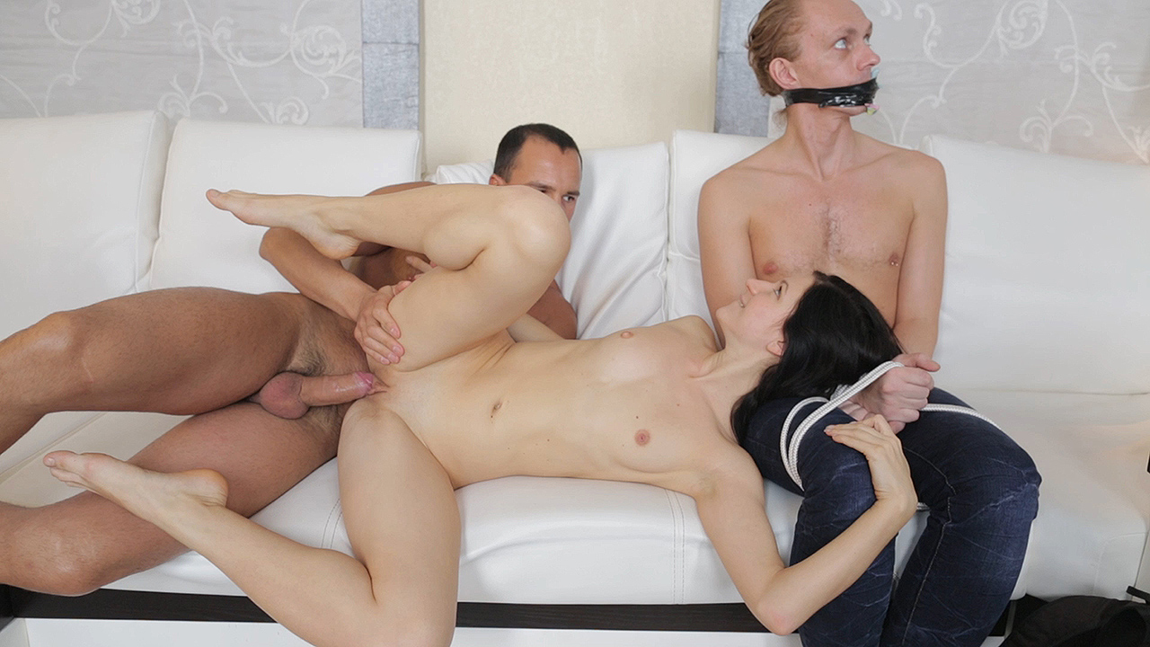 Lina - Depraved cuckold surprise