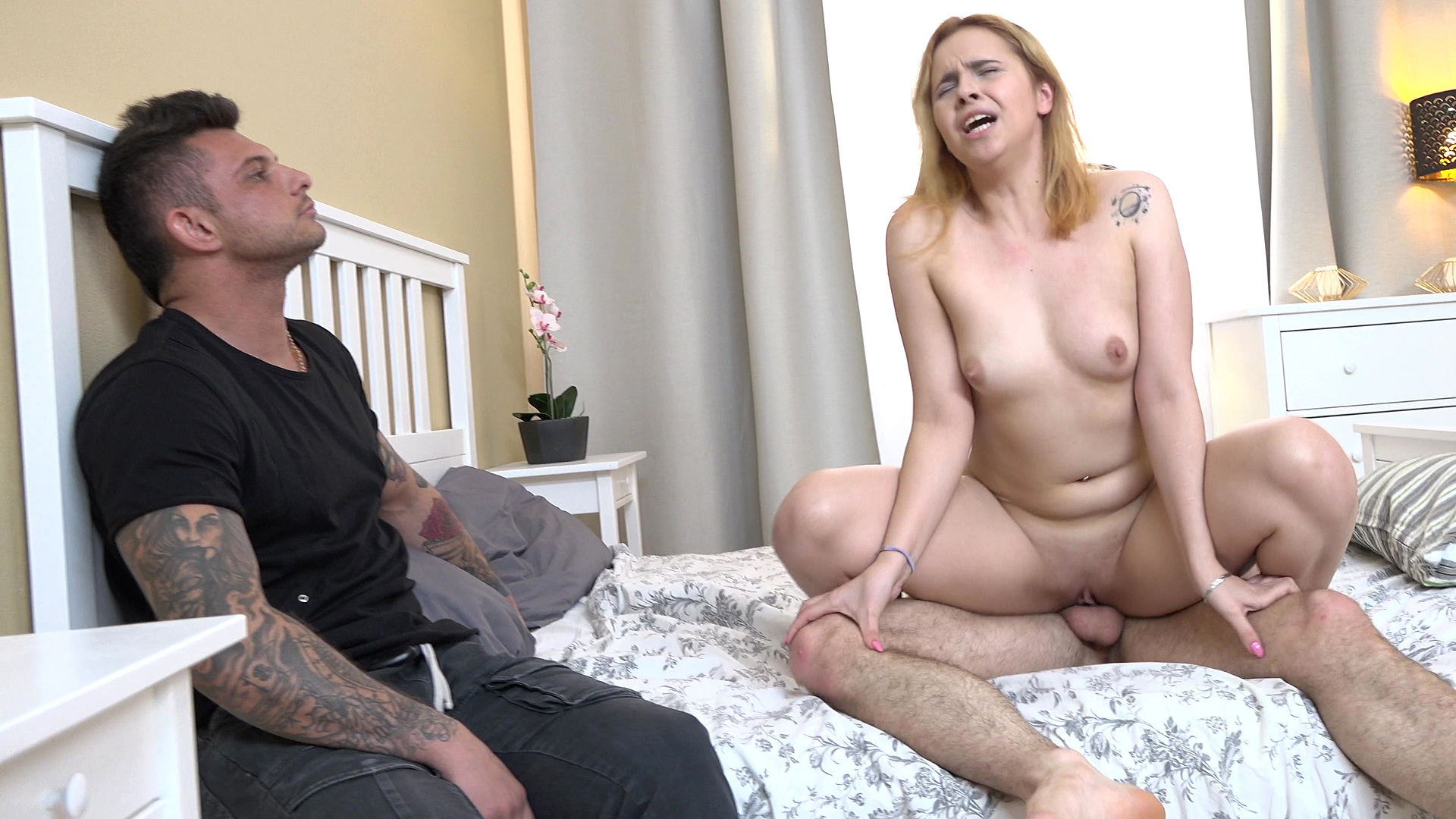 Redhead gf fuck for rent money - Karry Slot