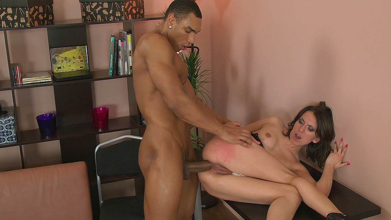 Vanessa - White chick assfucked by ebony lover