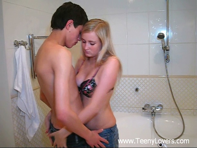 Video wild hot teens free download