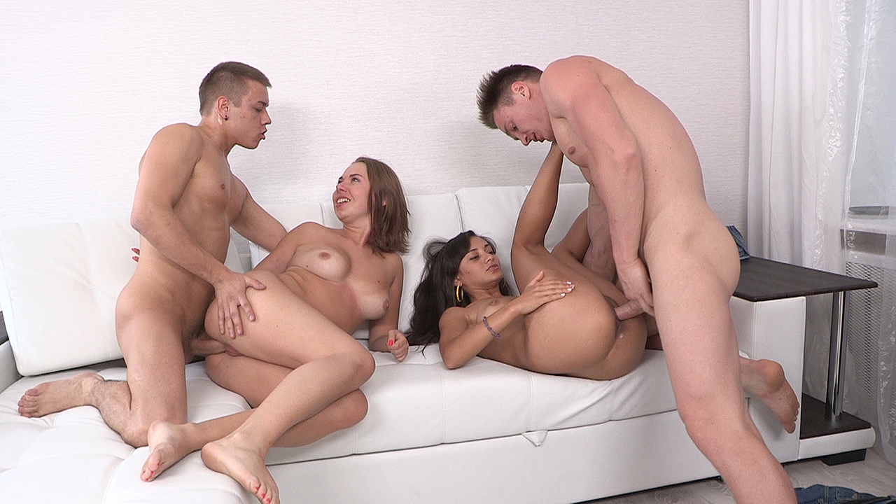 Double date and double fucking - Lucy & Janna
