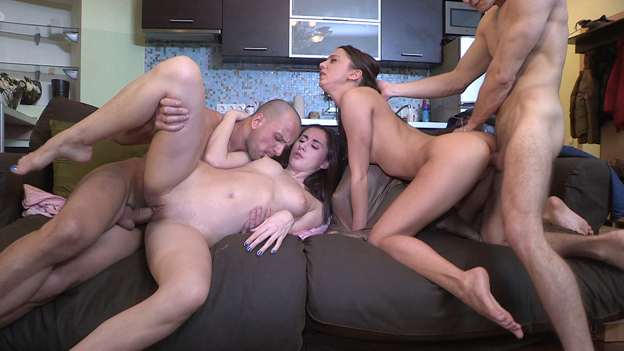 Teens surprise with a sex party