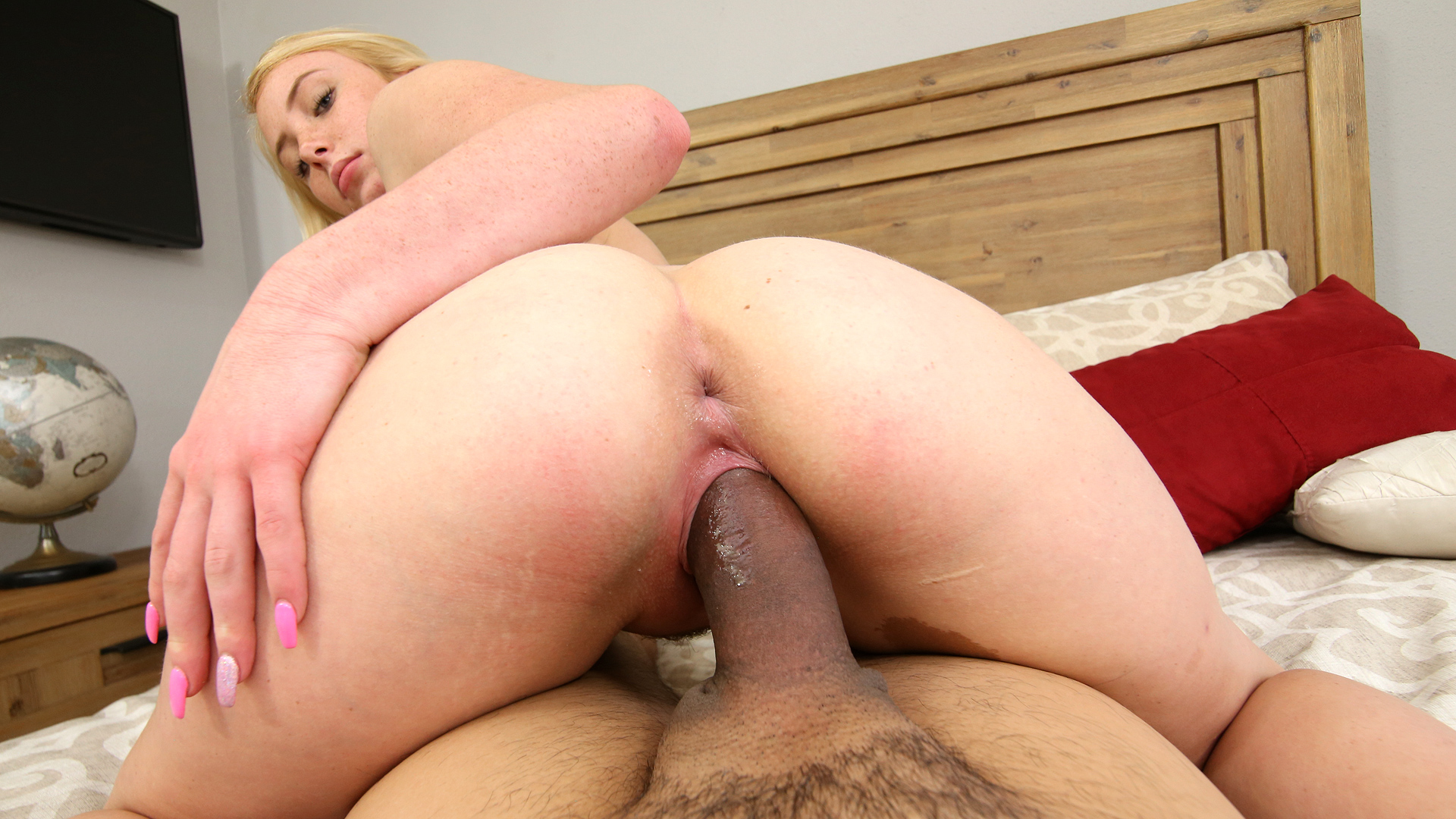 I blew a load in my stepsister sola aoi porn  Dixie Lynn